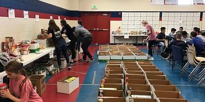 Oak Ridge High School Hosts Holiday Food Drive